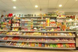 8_édességpolc_üzletberendezés_benzinkút_polc
